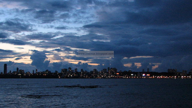 Mumbai after sunset, seen from Nariman Point