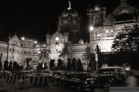 Chatrapatis terminus in Mumbai in 2006