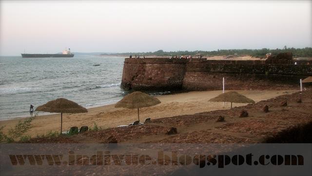Fort Aquada Beach, Goa, India