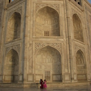 Taj Mahal, India, and a compact camera in the year 2007