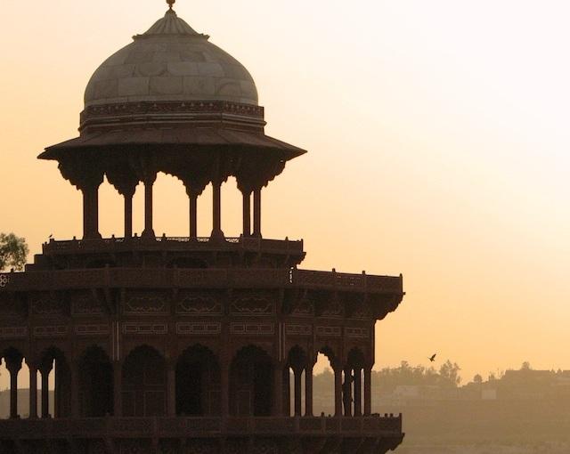 Taj Mahal, India, and a digital compact camera in2007