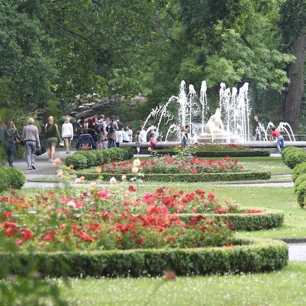 Berlin Zoo garden and fountain