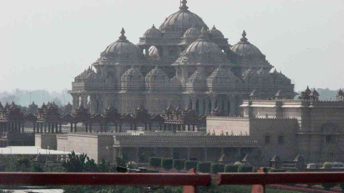 Swami Narayan Akshardham Temple in Delhi India