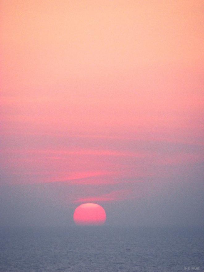 Sunset and horizon in Gokarn, India