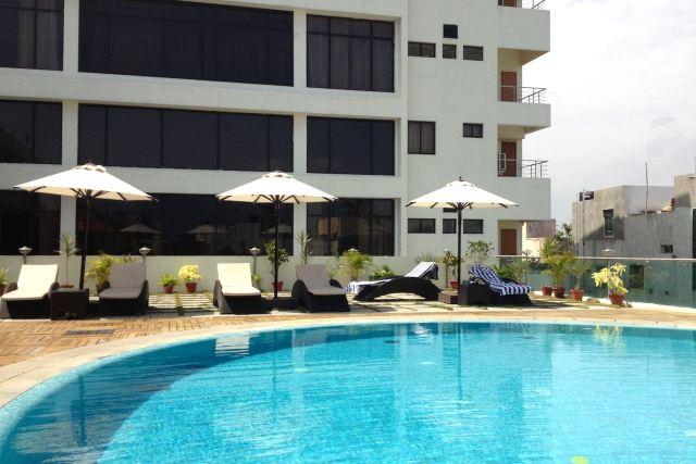 Hotel Sunway Manor swimming pool in Pondicherry India