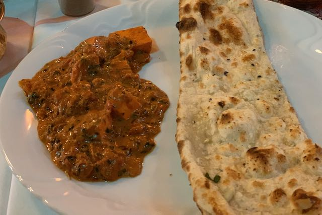 Kadhai paneer and naan bread